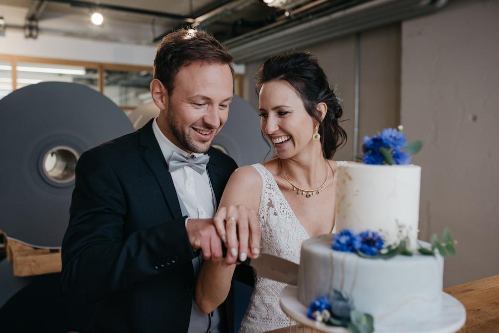 Hochzeitsfotografie - Jutta Sixt Fotografie - Tegernsee - Hochzeitstorte - Paarshooting - Hochzeit am See - Industrial Wedding -Tegernsee - Mangfallblau - Boho - Bohowedding