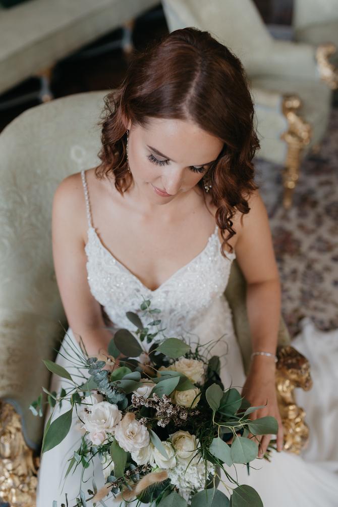 Hochzeitsfotografie - Jutta Sixt Fotografie - Brautstrauss - Braut - Schloss -Eucalyptus - Hochzeit am See - Oberlandhochzeiten