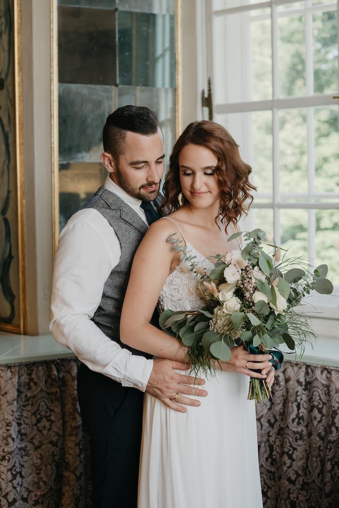 Hochzeitsfotografie - Jutta Sixt Fotografie - Brautstrauss - Brautpaar - Paarshooting - Schlosshochzeit- Hochzeit am See - Boho - Bohowedding