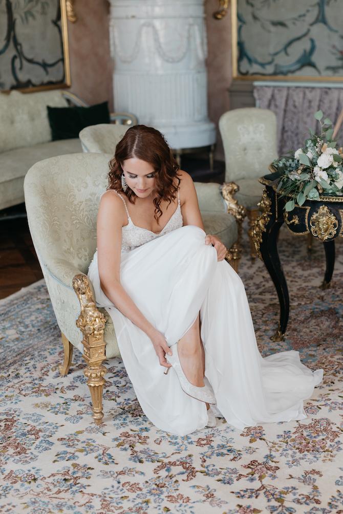 Hochzeitsfotografie - Jutta Sixt Fotografie - Brautstrauss - Braut - Schloss -Getting Ready - Hochzeit am See - Oberlandhochzeiten